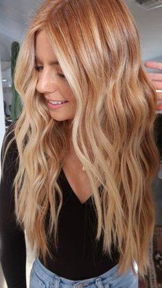 Red Hair With Blonde Highlights, Blond Ombre, Red Blonde Hair, Copper Blonde Hair, Red Balayage Hair, Strawberry Blonde Hair Color, Strawberry Hair, Honey Blond, Natural Red Hair