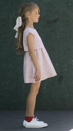 Catálogo Neck and Neck, moda infantil española Supernatural Sty Little Girl Models, Cute Little Girls, Child Models, Cute Kids, Girly Girl Outfits, Kids Outfits, Cute Outfits, Preteen Girls Fashion, Girl Fashion