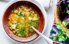 5 supe care te pot ajuta să slăbești   LaTAIFAS Metabolism, Curry, Ethnic Recipes, Food, Meal, Essen, Curries