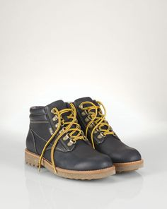 90 best Shoes images on Pinterest   Beautiful shoes, Boots and Shoe ... 4b7345d0736