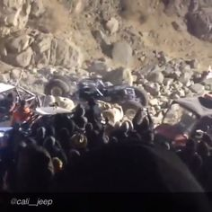 Dragging axels and pants at KOH 2014 , definite crowd pleasers brought to you by @Cali__jeep  #jeepbeef #jeepbeef_koh2014 #jeeplife #offroad #fun #crowds #zero_fs_given #becausejeep #jeep #rockbouncing #Padgram