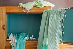Hamamtücher grün - türkis Entryway Bench, Curtains, Furniture, Home Decor, Entry Bench, Blinds, Foyer Bench, Interior Design, Draping