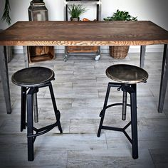 Industrial Furniture, Bar Stools, Chair, Home Decor, Banquettes, Chairs, Mesas, Bar Stool, Living Room
