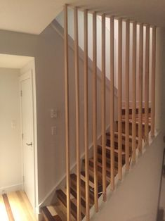 Stairwell – A home worth waiting for Staircase Makeover, Basement Makeover, Stairs In Living Room, House Stairs, Home Stairs Design, House Design, Stairwell Wall, Staircase Handrail, Home Decor Inspiration