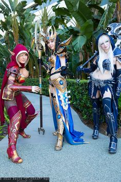 Photographer David Ngo caught this striking trio outside the convention center. You've got a Blood Elf (Jessica Nigri), a Protoss Wizard (Kamui Cosplay), and a Death Knight (Andy Rae), and all of their costumes are stunning.