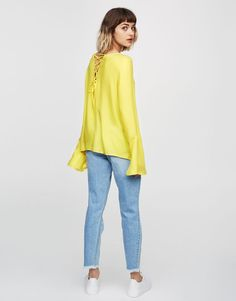 Top with corset back detail - Blouses & shirts - Clothing - Woman - PULL&BEAR United Kingdom