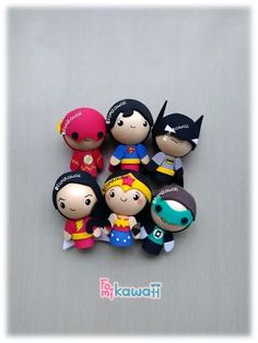 Polymer Clay Crafts, Diy Clay, Recuerdos Primera Comunion Ideas, Pencil Crafts, Pasta Flexible, Biscuit, Fondant, Batman, Kawaii