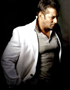 Salman Khan | Top 10 Bollywood celebs on TV.