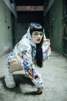Vaporwave Wallpaper, Freestyle Rap, Bad Girl Aesthetic, Aesthetic Pastel Wallpaper, Bebe Rexha, Girl Crushes, Role Models, Singer, Celebrities