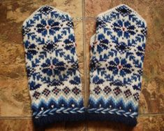 Wool mittens Hand knitted mittens Patterned от MittensSocksShop