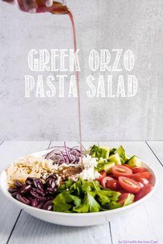Greek orzo pasta salad with greek ingredients, marinated in a lemony oregano vinaigrette #salad #pastasalad #greeksalad #orzo #sidedish #colddish Best Salad Recipes, Vegetarian Recipes, Healthy Recipes, Healthy Salads, Healthy Food, Fruit Salad Making, Easy Mediterranean Diet Recipes, Small Pasta, Orzo Salad