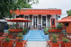 See some of our favorite spots to eat al fresco in New Orleans.