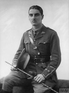Second Lieutenant G N Boxer. Unit: Lincolnshire Regiment. Death: Not known Cop Uniform, Ww1 Soldiers, Second Lieutenant, Killed In Action, Lest We Forget, Past Life, World War I, First World, Boxer