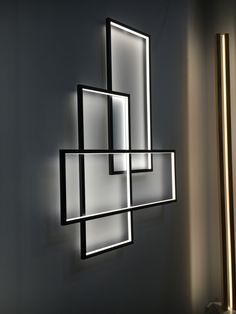 20 Attractive Lighting Wall Art Ideas For Your Home This Season 13 Room decorations can be done in several ways. Using contemporary wall arts for decorating modern rooms in a home Living Room Lighting Design, Home Lighting Design, Interior Lighting, Modern Lighting, Home Interior Design, Interior Decorating, Lampe Art Deco, Led Light Design, False Ceiling Design