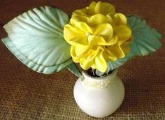 vasinho branco com flor