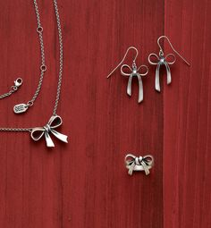 Bow Collection from James Avery Jewelry #jamesavery