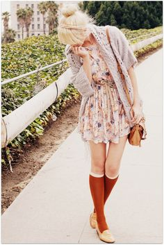 Vintage floral dress and Romwe sweater at Fancy Treehouse