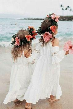 Beach Flower Girls, Boho Flower Girl, Beach Wedding Flowers, Boho Wedding, Dream Wedding, Wedding Day, Beach Wedding Ideas On A Budget, Hawaii Wedding, Beach Wedding Bridesmaids