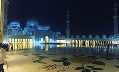 Abu Dhabi grand mosque. Serene with clever use of lighting