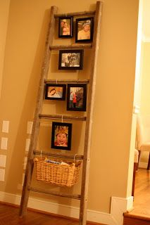 Ladder picture display