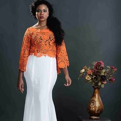 You can be the best dressed guest at a wedding when you carefully select your outfit, paying adequate attention to the style, texture, fabric and the perfect accessories. African Lace Dresses, African Dresses For Women, African Fashion Dresses, African Women, African Print Dress Designs, African Prints, Ghanaian Fashion, Nigerian Fashion, African Traditional Wedding