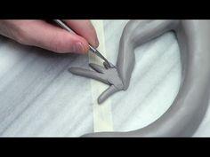 Sculpting a Lizard, part 2. legs and feet! - YouTube