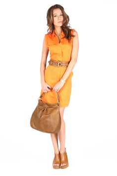Vestido naranja con cuello camisero