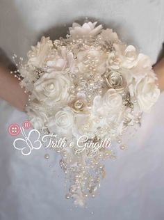 Trilli e Gingilli - Le creazioni di Sara: Bouquet di bottoni