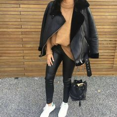 chic ways to style your winter outfits 1 Winter Fashion Outfits, Fall Winter Outfits, Autumn Winter Fashion, Fashion Fall, Mode Outfits, Chic Outfits, Trendy Outfits, New York Outfits, Aviator Jackets