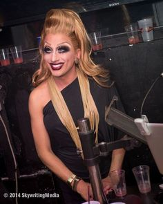 adore-delrio: She may serve clown realness but she is SO BEAUTIFUL! Love this bitch .