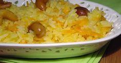 Ingredientes   1 xícara de arroz  lavado e escorrido  2 colheres (sopa) azeite  de boa qualidade  1 cebola média bem picadinha