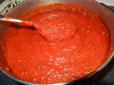 This sauce is great for homemade pizza. It is also great spooned over sautéed chicken with melted mozzarella This sauce is great for homemade pizza. It is also great spooned over sautéed chicken with melted mozzarella Ravioli, Pizza Recipes, Sauce Recipes, Summer Savory, Sweet Pickles, Canning Recipes, Food To Make, Favorite Recipes, Stuffed Peppers