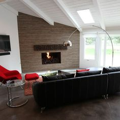 Interior Decoration:Minimalist Living Room With Black Sofa And Red Chair With Small Red Ottoman Near Round Glas Side Table Also Modern Fireplace And White Vaulted Ceiling Living Room Decors: Vaulted and Cathedral Ceiling Ideas Mid Century Modern Living Room, Living Room Modern, Home Living Room, Living Room Designs, Living Area, Arc Floor Lamps, Modern Floor Lamps, Style At Home, Grey Side Table