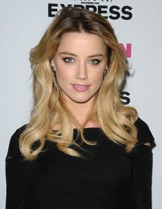 Amber Heard photo 275 of 1947 pics, wallpaper - photo - Amber Heard Photos, Amber Heart, Actrices Hollywood, Girl Crushes, Classic Beauty, Gorgeous Women, Beauty Women, Hairstyle, Actresses