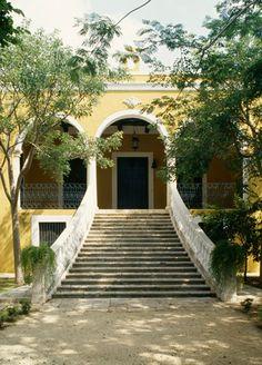 1000 images about fachadas on pinterest haciendas for Hacienda style lighting