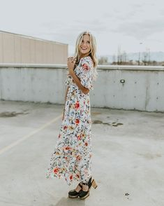 Nothing says Easter like a floral maxi dress.🌻 Dropping with our special Easter launch TOMORROW at 7pm MT.
