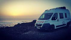 Wieder ein schöner #Sonnenuntergang... #WHATABUS #WildCampen #FreieNatur #vancamper #campervan #Campingbus #wohnmobil #amazing #fun #photooftheday #instagood #instatravel #Roadtrip #roadtrippin #Kastenwagen #vanlife #Kanaren #KanarischeInseln #Spanien #CanaryIslands #Spain #camping #España #Lanzarote #Atlantik #AtlanticOcean #Meer #Küste