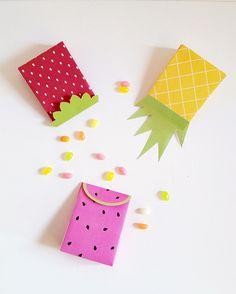 http://makeandtell.com/make-party-summer-fruit-gift-bags/