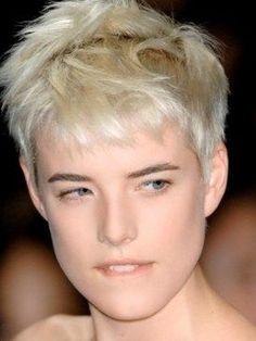 hair style for short hair Agnes Deyn, Hair Inspo, Hair Inspiration, Queer Hair, Androgynous Fashion, Short Styles, Pixie Hairstyles, Short Cuts, Hair Day