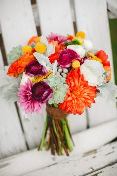 Bouquet coloré pour mariage plein de peps #mariage #wedding