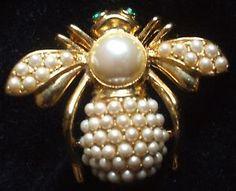 Joan-Rivers-Pearl-June-Birthstone-Bee-Pin-NIB
