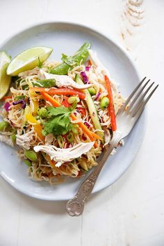 Cold Asian Noodle Salad {Gluten-free, Vegetarian} | Lexi's Clean Kitchen Clean Recipes, Healthy Recipes, Cooking Recipes, Clean Eating, Healthy Eating, Healthy Food, Lexi's Clean Kitchen, Cooking With Essential Oils, Main Dish Salads