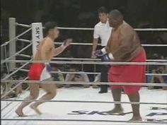 600lbs Sumo Vs 169lbs MMA Fighter