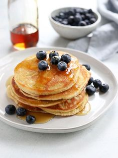These Almond Flour Pancakes are my favorite gluten-free recipe! They are low-carb, keto-friendly, and easy to make with just 5 main ingredients. #almondflour #pancakes #brunch #paleo #grainfree #glutenfree #dairyfree #glutenfreerecipes #healthyrecipes #healthyfood #breakfast #recipes #cookingshow Butter Pancakes, No Flour Pancakes, Keto Pancakes, Paleo Pancakes Almond Flour, Gluten Free Pancakes, Granola, Muesli, Vegan Keto, Vegan Baking