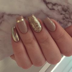55 Stylish Nail Designs For New Year 2020 – Page 166 of 220 – CoCohots - New Years Nails New Year's Nails, Diy Nails, Hair And Nails, Fancy Nails, Cute Nails, Pretty Nails, Fabulous Nails, Gorgeous Nails, Golden Nails
