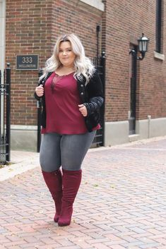 Plus Size Fall Outfit, Plus Size Outfits, Plus Size Boots, Mode Outfits, Fashion Outfits, Womens Fashion, Trendy Fashion, Fashion Ideas, Chicago Fashion
