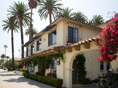 HOTEL OCEANA SANTA BARBARA, great place to stay! Weekend Plans, Santa Barbara, Vacation Spots, Building Design, Great Places, Places To Visit, Destinations, Bucket, California