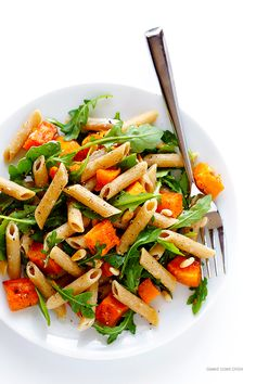 Nutritious Snack Tips For Equally Young Ones And Adults Butternut Squash, Arugula And Goat Cheese Pasta Recipe Pasta Recipes, Dinner Recipes, Cooking Recipes, Healthy Recipes, Healthy Meals, Healthy Food, Goat Cheese Pasta, Butternut Squash Pasta, Lunches And Dinners