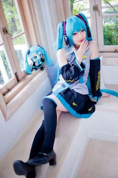 Vocaloid - Hatsune Miku cosplay (I know vocaloid isn't an anime, but I didn't know where else to put it) - COSPLAY IS BAEEE!!! Tap the pin now to grab yourself some BAE Cosplay leggings and shirts! From super hero fitness leggings, super hero fitness shirts, and so much more that wil make you say YASSS!!!