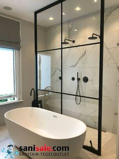 Incredible Small Bathroom Style That Will Rock Your Home – - DIY Badezimmer Dekor Bathroom Windows, Wood Bathroom, Bathroom Flooring, Bathroom Ideas, Bathroom Vintage, Bathroom Cabinets, Bathroom Lighting, Serene Bathroom, Bathroom Furniture
